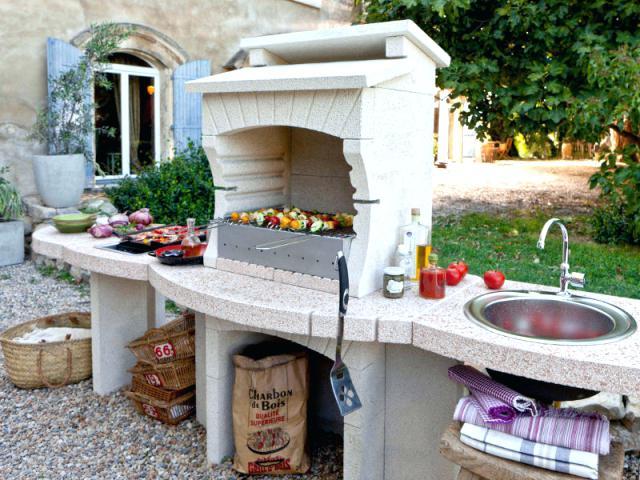 modele cuisine exterieur pierre