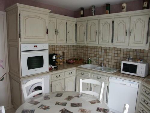 Modele de cuisine repeinte tout sur la cuisine et le mobilier cuisine - Cuisine rustique repeinte ...