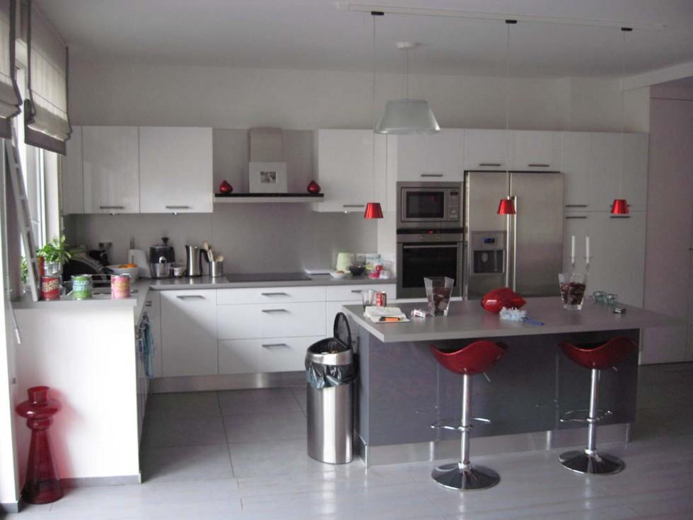 Photo cuisine grise et blanche - Tout sur la cuisine et le mobilier ...